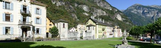 Den gamla byn av Cevio på den Maggia dalen Fotografering för Bildbyråer
