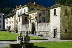 Den gamla byn av Cevio på den Maggia dalen Royaltyfri Foto
