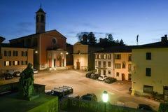 Den gamla centrala fyrkanten av Stabio på Schweiz Royaltyfri Fotografi