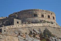 Den gamla fästningen av den Spinalonga ön Royaltyfria Bilder
