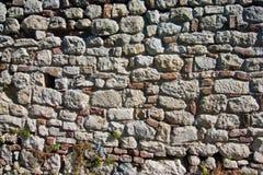 Den gamla fästningväggen reparerade hundratals tider under århundraden, Kalemegdan, Belgrade arkivfoton