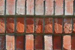 Den gamla förfallna väggen royaltyfria foton