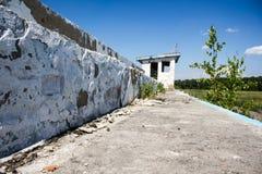 Den gamla förstörda byggnaden Fotografering för Bildbyråer
