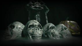 Den gamla filmblicken av halloween ställde in garnering med den skalle-, grav- och stålarnolla-'lyktan arkivfilmer