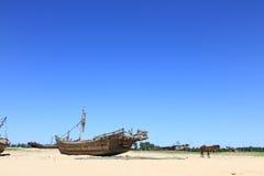 Den gamla fiskebåten Arkivfoton