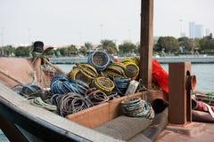 Den gamla fiskebåten med förtjänar Royaltyfri Foto
