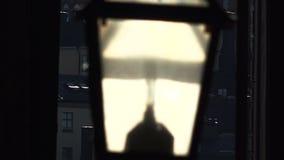 Den gamla gatalampan i Stockholm sweden arkivfilmer