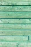 Den gamla gröna wood texturen med naturliga modeller Arkivbilder