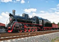 Den gamla lokomotivet för ånga för ångalokomotivet gamla i patriot parkerar Arkivbilder