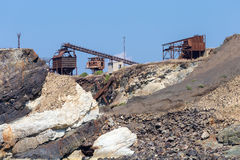 Den gamla minen på vaggar Royaltyfri Fotografi