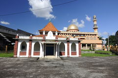Den gamla moskén av Masjid Jamek Jamiul Ehsan a K en Masjid Setapak Royaltyfri Fotografi