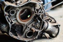 Den gamla motorcykelmotorn Arkivbilder