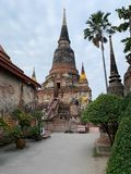 Den gamla pagod- och himmelbakgrunden fotografering för bildbyråer