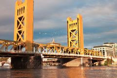 Den gamla Sacramento bron Arkivbilder