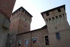 Den gamla slotten av Montecchio Emilia arkivbilder