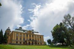 Den gamla slotten av räkningen Pejacevic från 1811 i Nasice Fotografering för Bildbyråer