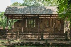 Den gamla staden av dyrkanställegränsmärken, historia parkerar av si-Satchanalai, det Sukhothai landskapet royaltyfri foto