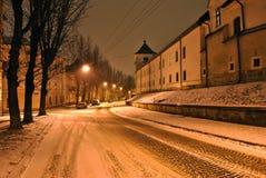 Den gamla staden av Lviv på natten Royaltyfri Fotografi