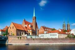 Den gamla staden klippte vid den Odra floden, Polen Royaltyfri Fotografi
