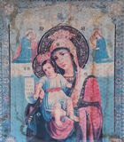 Den gamla symbolen av den jungfruliga Maryen behandla som ett barn Jesus Fotografering för Bildbyråer