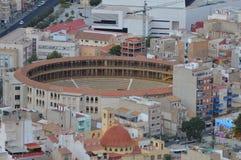 Den gamla tjurfäktningsarenan i Alicante Arkivfoton