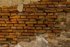 Den gamla väggen för röd tegelsten staplas fotografering för bildbyråer