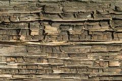 Den gamla wood texturen med naturliga modeller med sprucken färg, bakgrund arkivfoton