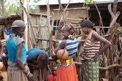 Afrikanska kvinnor och danar Royaltyfria Foton