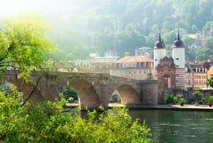 Den gammala bron i Heidelberg, Tyskland Arkivfoton