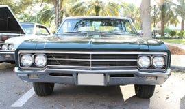 Gammal Buick bil Arkivfoton