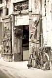 den gammala cykeln shoppar Arkivbilder