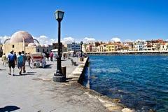 Den gammala hamnen i Chania royaltyfria bilder