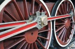 Den gammala lokomotivet rullar Fotografering för Bildbyråer