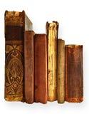 Bokar på hyllan Arkivbild