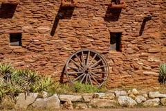 Den gammala västra vagnen rullar Fotografering för Bildbyråer