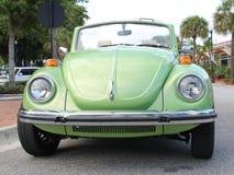 Gammal Volkswagen bil Arkivfoto