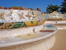 Den Gaudi bänken parkerar in Guell Royaltyfri Bild
