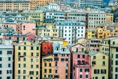 Den Genua hamnen inhyser cityscapepanorama Arkivbild