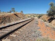 Den Ghan järnvägsspåret från nord av Alice Springs Arkivbild