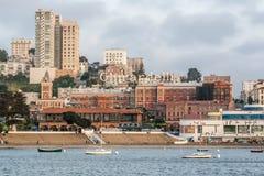 Den Ghirardelli fyrkanten i San Francisco, CA, USA Royaltyfria Foton