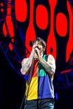 Den glödheta Chili Peppers musikmusikbandet utför i konsert på FIB festivalen arkivfoton