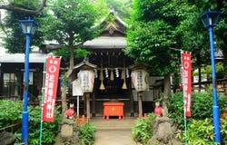 Den Gojo Tenjin Shintorelikskrin i Ueno parkerar, Tokyo, Japan royaltyfri bild