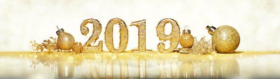 2019 in den Goldzahlen, die das neue Jahr feiern lizenzfreie stockbilder