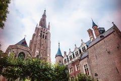 Den gotiska kyrkan av vår dam i Bruges Royaltyfri Bild