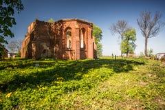 Den gotiska kyrkan fördärvar Royaltyfri Bild