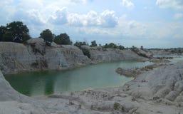 Den gröna sjön av kaolin arkivfoto