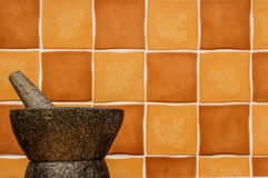 Den granitmortel och pestlen med kopierar utrymme Arkivbild
