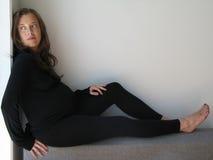 den gravida kvinnlign bantar Arkivfoto