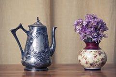 Den Grugy kettlen bordlägger på Royaltyfri Fotografi