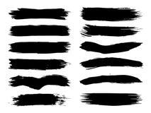Den Grungy svarta målarfärghanden - gjorde borsteslaglängduppsättningen royaltyfri illustrationer